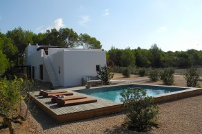 House for sale in Formentera Sant Francesc WHITEWASHED PROPERTY RECENTLY CONSTRUCTED